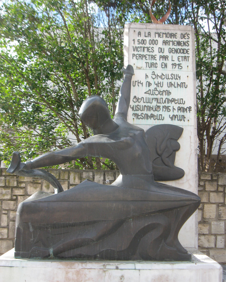 monumento genocidio armeno