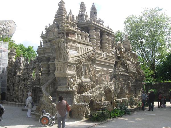 Palazzo Ideale 3